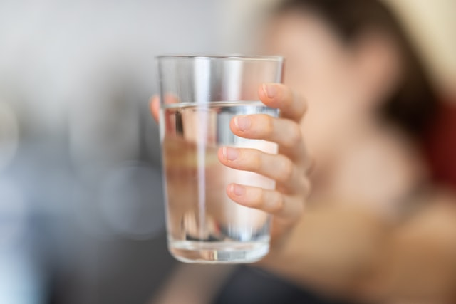 can you drink water while intermittent fasting