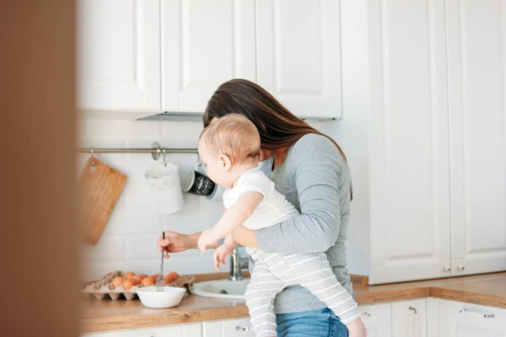 can you do intermittent fasting while breastfeeding